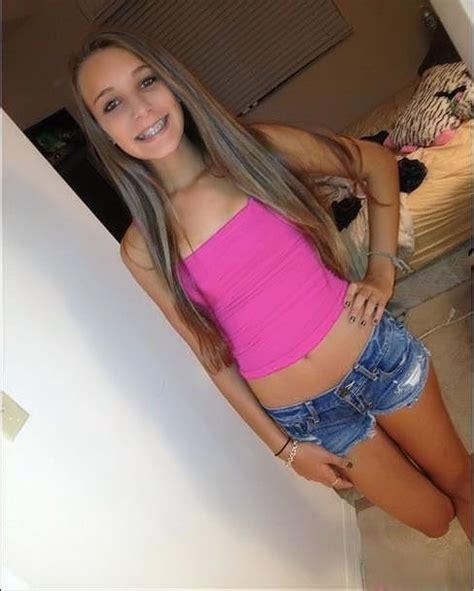 Free girl on girl webcam