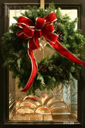 Front Porches With Railings by Instructions For Making Christmas Wreaths