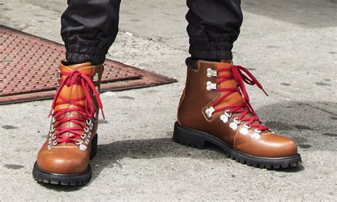 Timberland Tbl14108jstb 03 Original timberland just brought back their original waterproof hiking boots cool material howldb