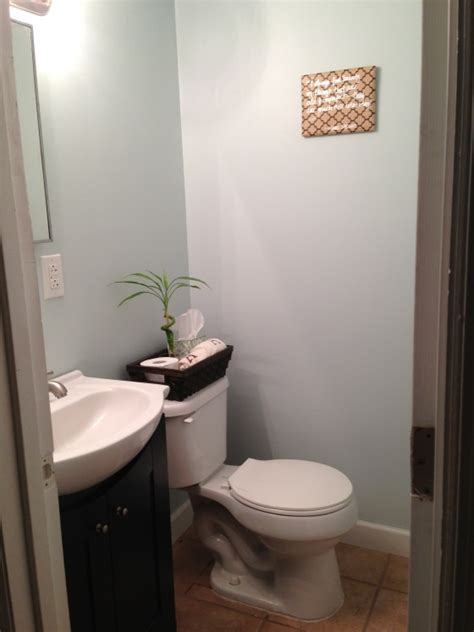 benjamin moore glass slipper best 20 blue brown bathroom ideas on pinterest natural
