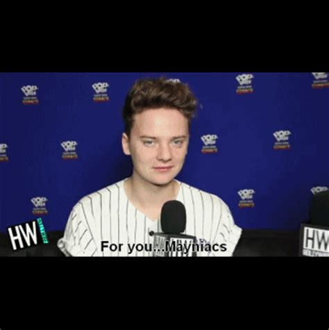 Conor Maynard Meme - conor maynard kiss gif find share on giphy