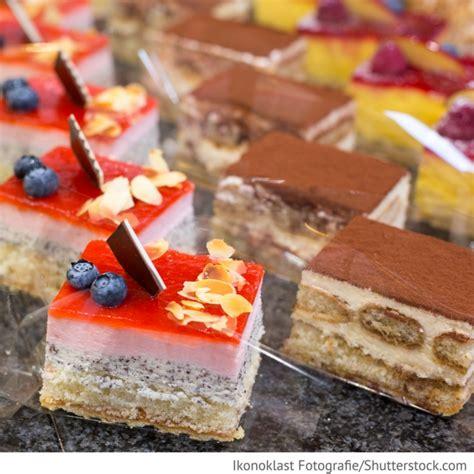 Hochzeit Kuchen by Kuchen Buffet Hochzeit Konditorei Hochzeitsideen F 252 R