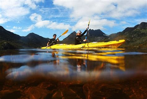 webber landscapes f1 webber s epic race across a rugged tasmanian