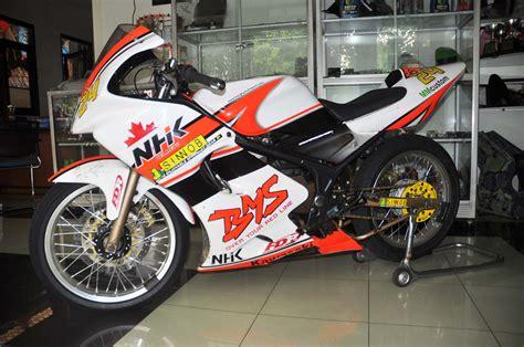 Napgirnap Gir Rr R 150 Orikawasaki Motor rr 150 jagoannya motor kebut dimodifikasi juga bro rodex1313