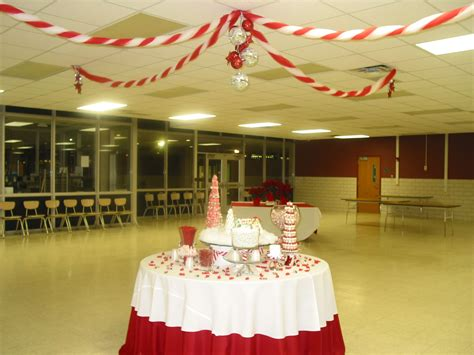 how to make school hall christmas decoration ideas for school www indiepedia org