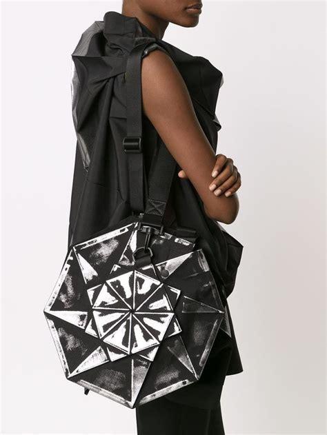 Issey Miyake Origami - 132 5 issey miyake origami shoulder bag issey miyake