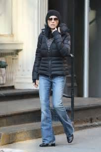 julianne margulies skinny julianna margulies in jeans heads to the spa 02 gotceleb