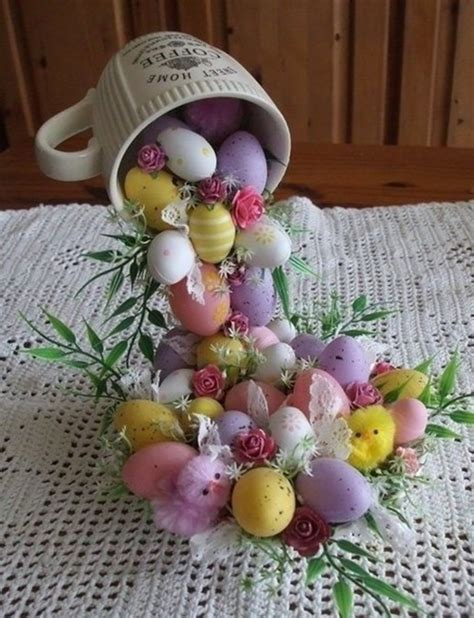 Simple Vase Centerpieces Diy Easter Egg Flying Cup Topiary Beesdiy Com