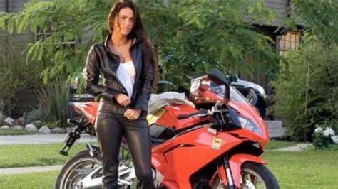 Megan Fox Transformers Motorrad by Die Besten 17 Bilder Zu Transformers Auf Foto