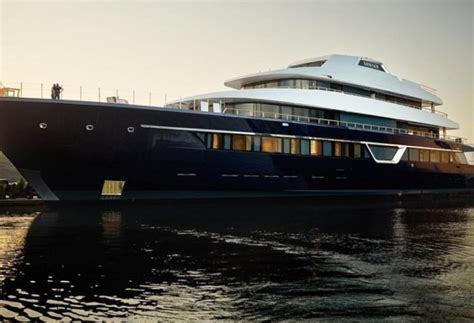 yacht lonian 87 metre superyacht lonian launched by feadship yacht