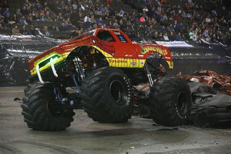 monster truck show illinois monster truck show hoffman estates il