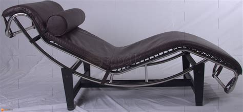 tan leather chaise lounge le corbusier style lc4 chaise lounge brown leather