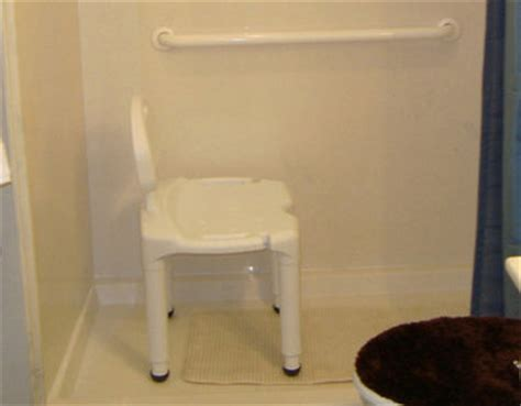 Bathtub Bars Elderly by Tips For Your Home Senior Friendly Silive