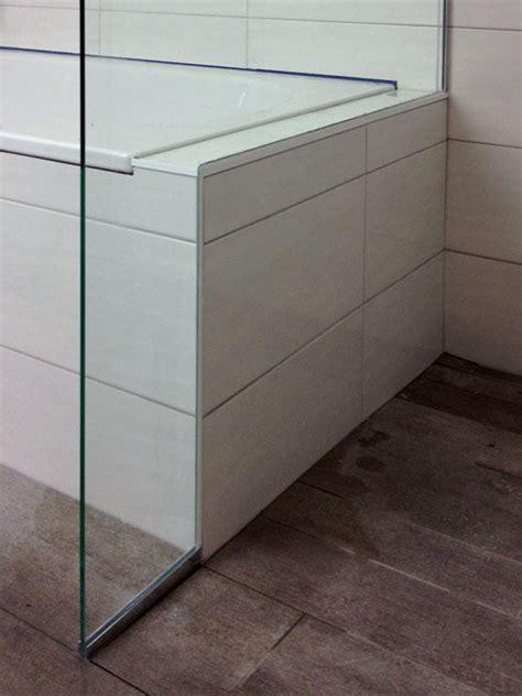 duschtrennwand badewanne glas 220 ber 1 000 ideen zu duschtrennwand glas auf