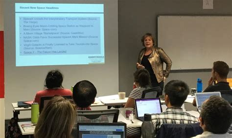 Mba Business Center Ormond by Cob Professor Holds Career Booster At Toulouse Business