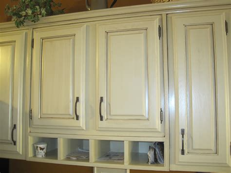 Kitchen Cabinet Finishes Ideas by Refinishing Kitchen Cabinet Ideas Pictures Tips From Hgtv