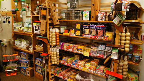 bird food store bird cages