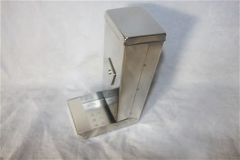 budgie seed dispender bird budgie cockatiel small metal seed feeder food dispenser hopper 16 x 7cm ebay