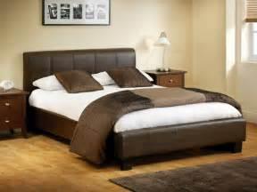 Moderne Schlafzimmer Braun Moderne Und Schicke Betten In Braun Archzine Net