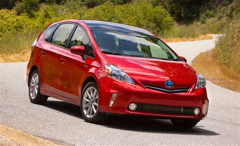 Toyota Prius Lawsuit Recall 2012 2014 Toyota Prius V Software Update To Cure