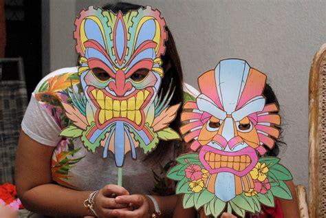 luau crafts for how to plan a hawaiian luau birthday for 5 steps