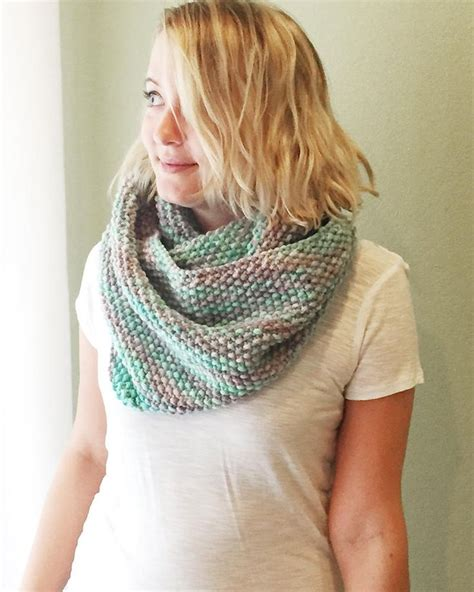 knitted scarves and cowls 30 stylish designs to knit books 287 best images about chunky cowls on