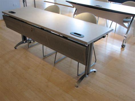 versteel vela 174 table neocon 2014 tables
