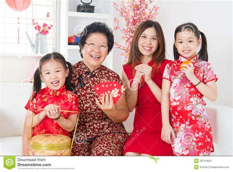 family celebrates with new years new year celebration home ideas 2016