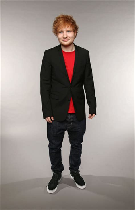 ed sheeran your body ed sheeran blazer ed sheeran looks stylebistro