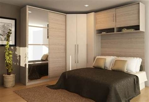 pin dise o de interiores quartos de casal decorados e planejados on modelos guarda roupas quarto pequeno casal decora 231 ao