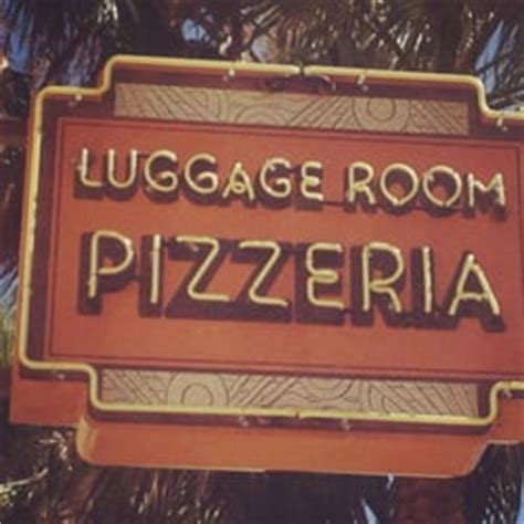 the luggage room pasadena the luggage room pizzeria 1352 photos 1366 reviews pizza 260 s raymond ave pasadena