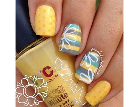 nail con fiori unghie le nail floreali pi 249 della primavera