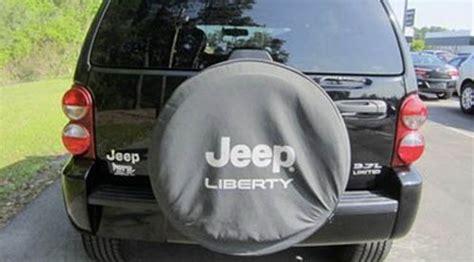 jeep liberty gas tank recall chrysler reverses course on jeep recall 187 social zoo