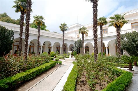 the last romanov residence 9 facts about livadia palace