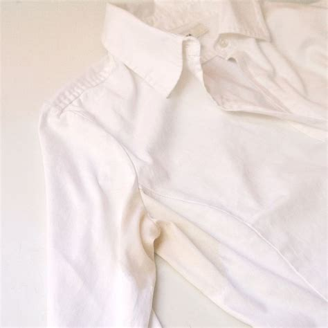 how to remove sweat stains from colored shirts how to remove sweat stains from white shirts