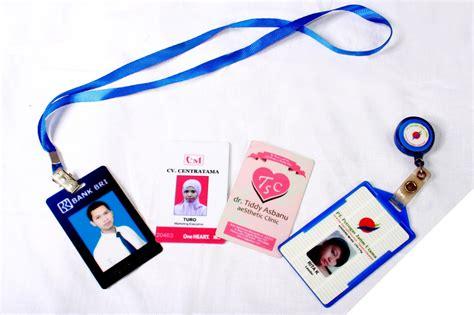 Tempat Kartu Id Card Kartun Disney Dengan Tali Stk002 cetak id card kartu pelajar di nganjuk sashoki