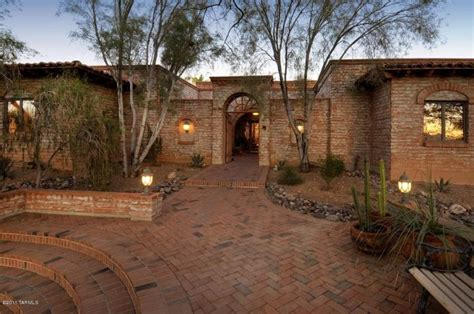 Italian Villa Style Homes tucson catalina foothills burnt adobe sells quickly