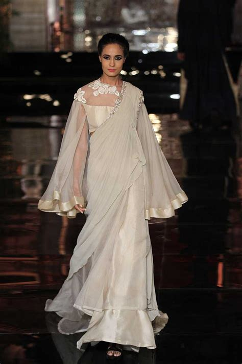A Slice Of Designer Androgyny by Manish Malhotra Bridal Collection At India Couture