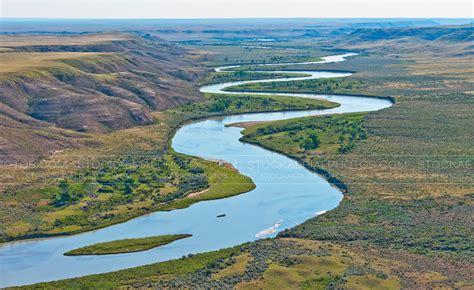 Lookup Sask Aerial Photo South Saskatchewan River