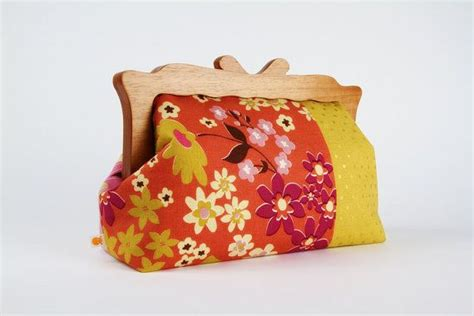 Rafe Martina Wood Frame Clutch by 70 Best Clutch Obsession Images On Clutch Bag