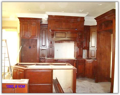 kitchen crown molding ideas crown molding above kitchen cabinets home design ideas