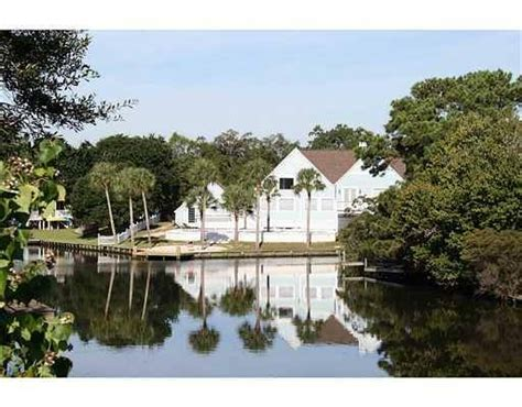 boat store gulfport ms gulfport real estate executive waterfront home