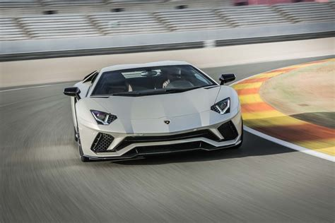 lamborghini aventador 2018 2018 lamborghini aventador s first drive review