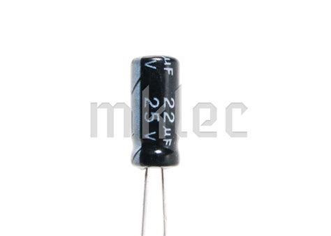 electrolytic capacitor vs solid 22uf 25v electrolytic capacitor