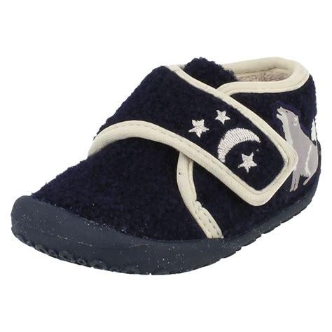 clarks infant slippers infant boys clarks slippers fang
