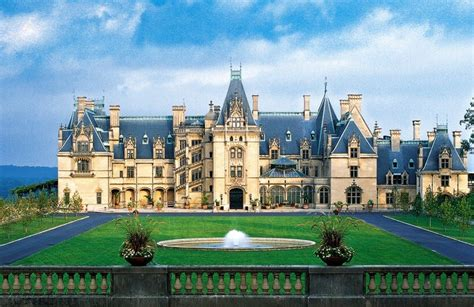 the biggest house in the united states the biltmore estate the largest privately owned house in the united states therichest