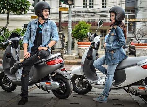 Baterai Viar Q1 harga viar q1 sepeda motor listrik murah terbaru april 2018