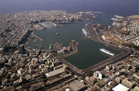 porto della grecia il pireo
