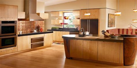 kitchen ideas with maple cabinets white kitchen cabinets vs maple quicua