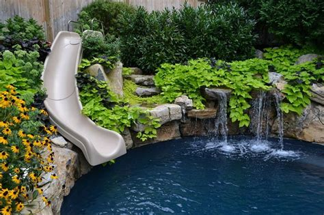 want to see an awesome pool and spa in a small backyard
